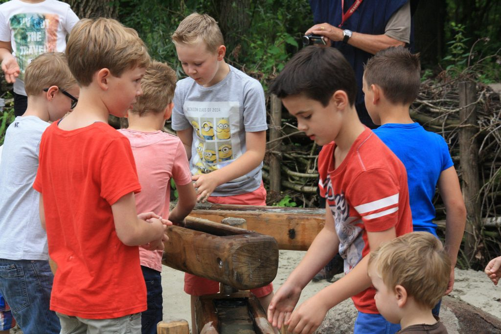Natuurspeeltuin Gestel Wint Kern Met Pit Noord Brabant 2016 Jan En